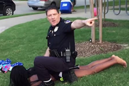 McKinney, TX. Cop, Eric Casebolt Resigns From Police Force After A Pool Party Gone Wrong Goes Viral